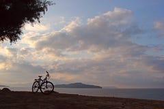 Bicycle at seashore Royalty Free Stock Photos