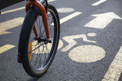 Bicycle on an Urban Bicycle Lane Royalty Free Stock Photography