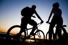 Bicycler Photographie stock libre de droits