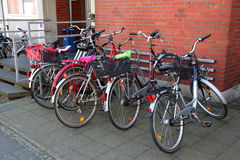 Bicycles parked in the city Royalty Free Stock Photography