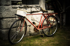 Bicyclette antique, vieille bicyclette Photo stock