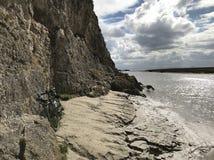Bicyclette chez Humphrey Head Sea Cliff photographie stock libre de droits