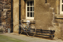 bicyclette dans la fin d'Edimbourg Image libre de droits