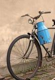 Bicyclette de cru Images libres de droits