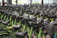Bicyclette de loyer dans la boutique d'agitation dans Luye de Tai Tung Image libre de droits