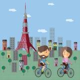 Bicyclette de touristes de tour chez le Japon Photo stock
