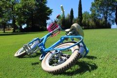Bicyclette en stationnement Images libres de droits
