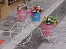 Bicyclette heureuse image libre de droits
