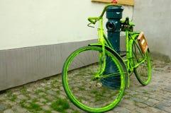 Bicyclette verte Images libres de droits