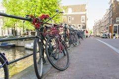 Bicyclettes à Amsterdam Photos libres de droits