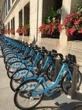Bicyclettes pour le vélo partageant Chicago le 22 septembre 2016 Photos stock