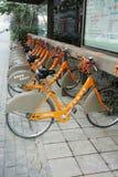 bicyclettes publiques à Chengdu images stock