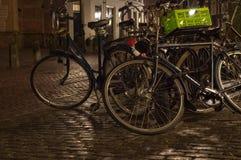 Bicyclettes stationnées Image libre de droits