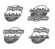 Bicycling retro do logotipo Bicicleta e ciclista Imagem de Stock