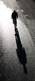bicyclist cień. Fotografia Royalty Free