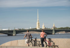 Bicyclist in Sankt Petersburg Royalty Free Stock Photography
