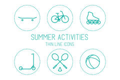 Bicykl, deskorolka, rolkowa łyżwa, hulajnoga, badminton, piłka i odtwarzanie, - sport, sylwetki na białym tle Obraz Stock