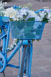 Bicykl ozdabiający z kwiatami Obrazy Stock