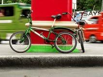 bicykl parkujący Zdjęcie Stock