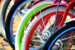 bicykl wyszczególniający odosobneni serii pojazdów koła biały Fotografia Stock
