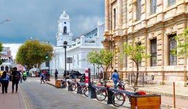 Bicykle na wynajem stacji, Cuenca zdjęcie royalty free