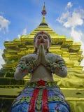 Biddende Boedha in Wat Phakhao in Thailand royalty-vrije stock foto