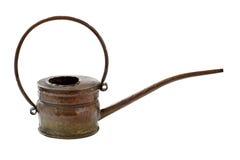 Bidon d'arrosage de cuivre avec le long bec mince photographie stock