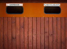 Bidone della spazzatura Fotografie Stock Libere da Diritti