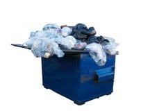 Bidone della spazzatura in pieno di riciclaggio Fotografie Stock