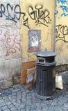Bidone della spazzatura Roma dei rifiuti Fotografia Stock Libera da Diritti