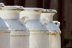 Bidoni di latte Fotografie Stock