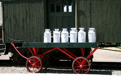 Bidoni di latte Fotografia Stock