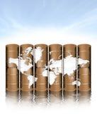 Bidons à pétrole et carte Photos libres de droits