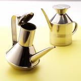 Bidons d'huile d'olive Photographie stock libre de droits