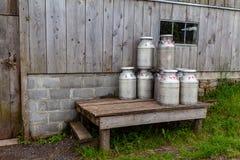 Bidons de lait Image stock