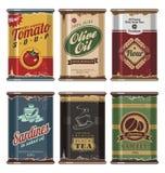 Bidons de nourriture de cru Image stock
