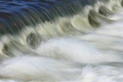 bieżącej wody. Zdjęcie Stock