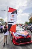 Bieżni samochody w Toyota Motorsport Zdjęcia Stock