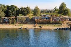 Biedna wioska na Nil rzece, Egipt Zdjęcia Royalty Free