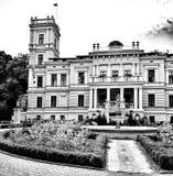 Biedrusko slott Konstnärlig blick i svartvitt Royaltyfria Bilder