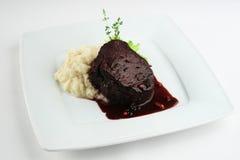 Biefstuk met tot puree gemaakte aardappel Royalty-vrije Stock Foto