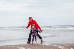 Biegać wzdłuż seacoast obrazy royalty free
