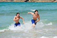 Biegać z oceanu Zdjęcia Royalty Free
