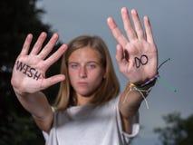 Biegacz Motywacyjna wycena Pisać na rękach, Don ` t życzenie! Zdjęcia Royalty Free