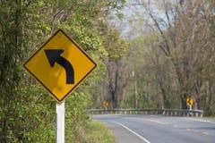 Biegen Zeichen nach links ab Lizenzfreie Stockfotos