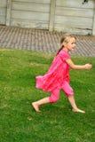 biegnij dzieciaka. Fotografia Stock