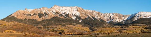 Biegunu Północnego szczyt i Hayden szczyt w Południowo-zachodni Kolorado Obrazy Royalty Free