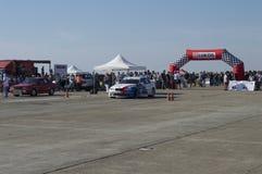 Biel dekorował sporta samochód na biegowym obwodzie na Resinge ` s Obrazy Stock