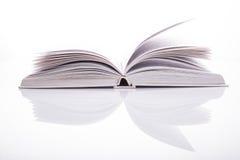 Biel otwarta książka Zdjęcie Royalty Free