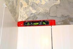 Biel płytki ściany budowy i tła narzędzia Zdjęcie Royalty Free